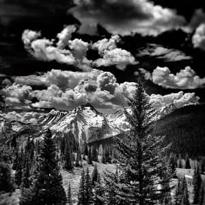 Snow covered mountains in Colorado, Photo by Oliver Tollison